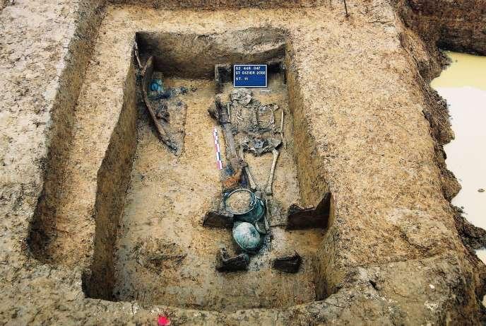 c-14 datant de l'âge archéologique projet voitures Matchmaking