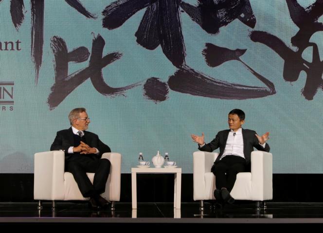 Steven Spielberg et le PDG d'Alibaba Jack Ma à Pékin le 9 octobre.