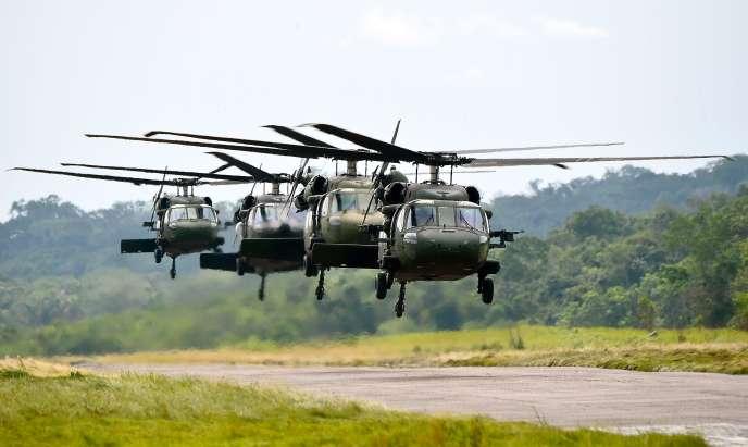 Le ministre de la défense polonais, Antoni Macierewicz, a annoncé que le gouvernement allait commander, d'ici à 2018, 21 hélicoptères Black Hawk à l'américain Sikorsky Aircraft.