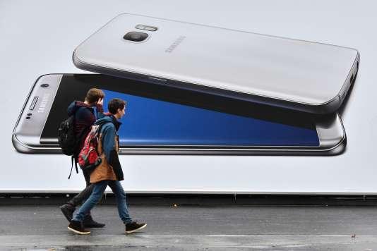 Une publicité pour les téléphones Samsung dans les rues de Berlin.