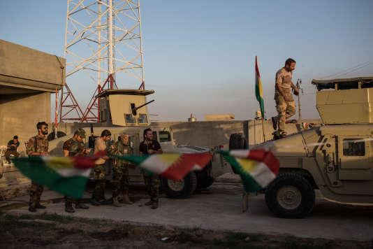 Dans la base des pershmergas Zeravani sous le commandement du général Sirwan Barzani, situé dans le village de Kanhash, (Sud Est de Mossul), repris à Daesh, mi août 2016.
