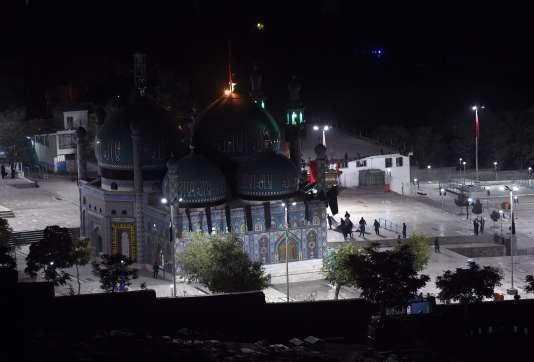 La mosquée de Kahte Sakhi se situe dans l'ouest de la capitale, où vivent de nombreux membres de la minorité chiite.