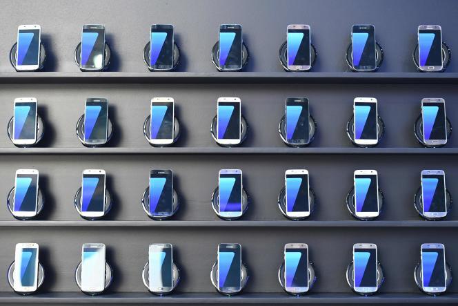 Samsung a annoncé mardi l'arrêt de la production de sa « phablette»Galaxy Note 7.