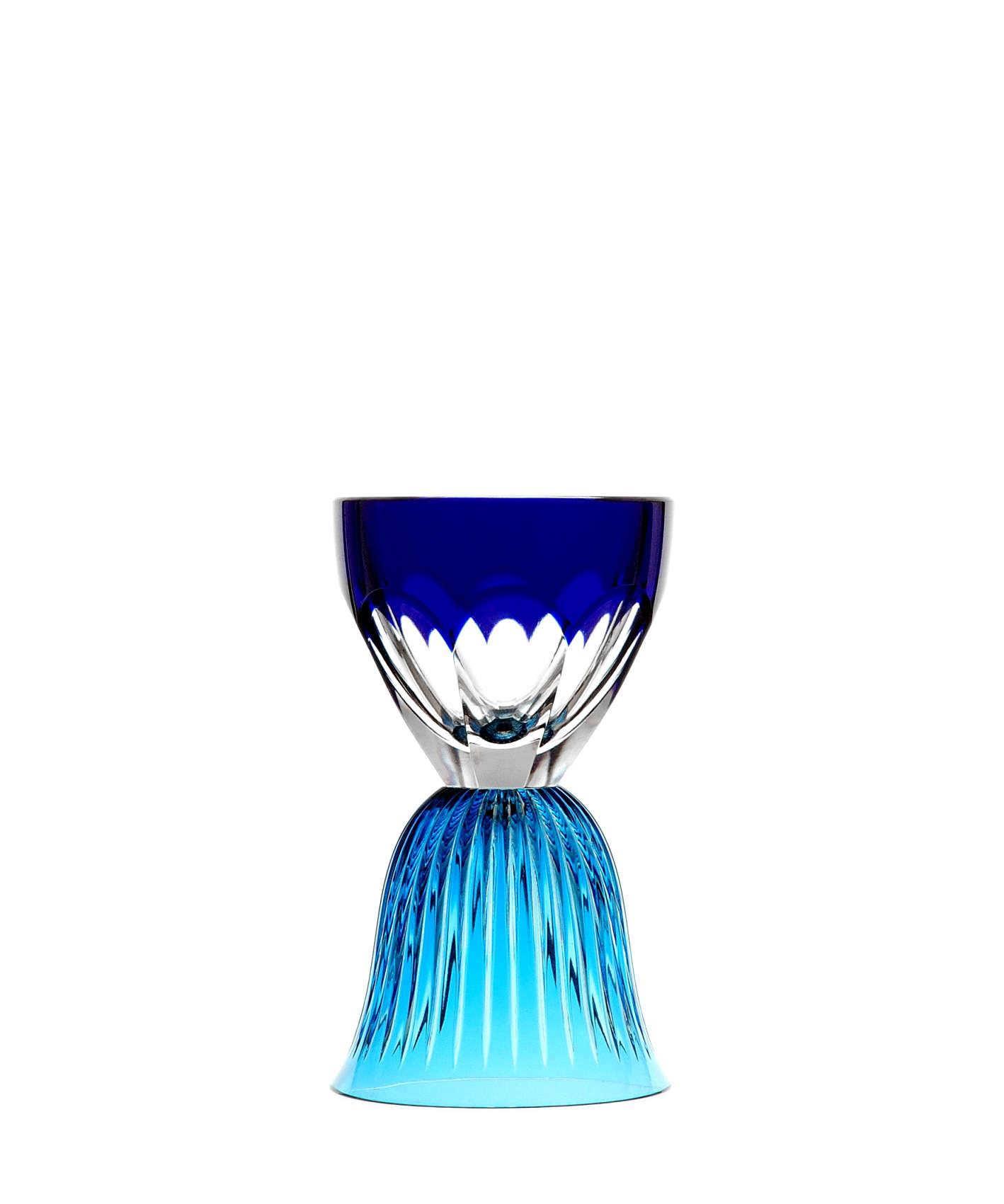 « Les Endiablés», verre en cristal à utiliser sens dessus-dessous, par José Lévy pour Saint-Louis.