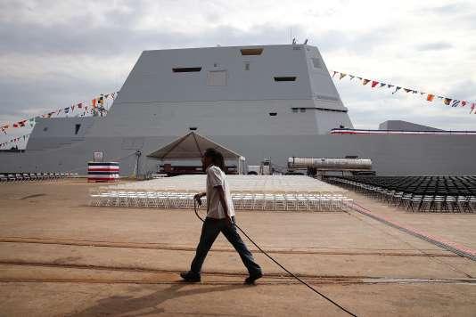 Le destroyer USS Zumwalt à Baltimore (Maryland), le 13 octobre 2016.