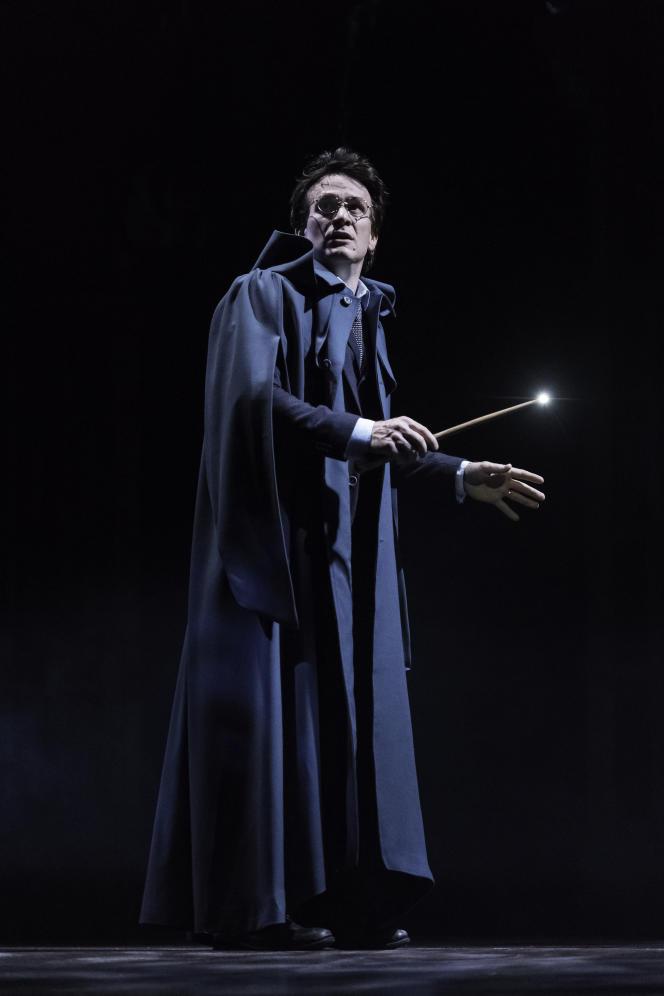 Jamie Parker est Harry Potter dans la pièce.
