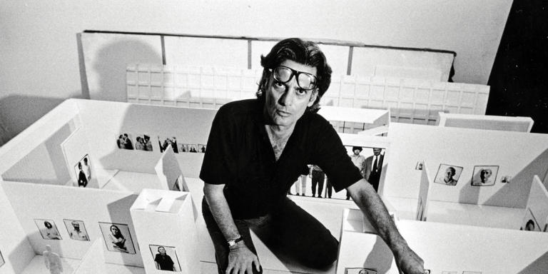 Richard Avedon planning hs retrospective exhibition at New York's Marlborough Gallery, photographed August 27, 1975. (Photo by Jack Mitchell/Getty Images)