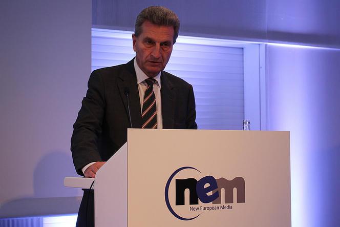 Günther Oettinger, commissaire européen pour l'économie et la société numériques, à Francfort (Allemagne), le 16 octobre 2015.
