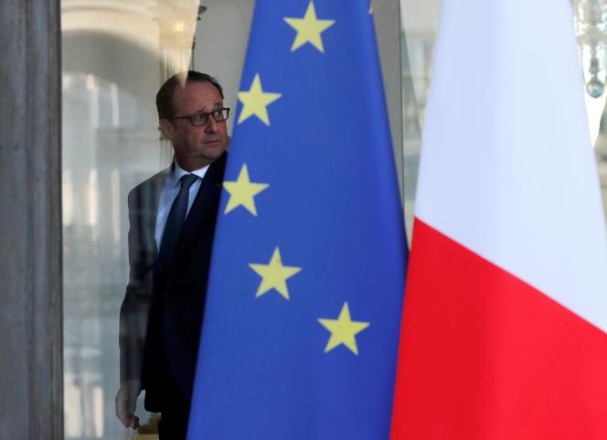 Francois Hollande à l'Elysée, le 12 octobre 2016.