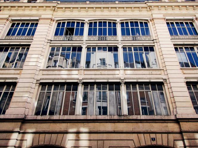 Situé rue du Plâtre, dans le 4e arrondissement parisien, cet ancien bâtiment industriel sera modulable selon 49 configurations.