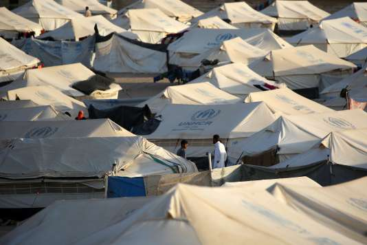 Un camp de réfugiés du HCR dans la région de Mossoul.