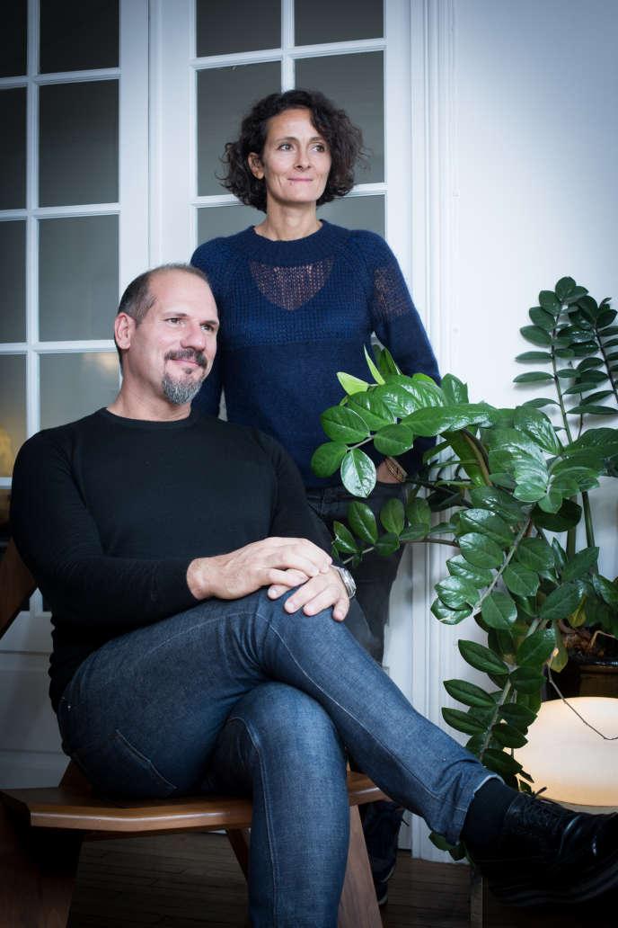 Les architectes Cristiano Benzoni et Sophie Thuillier, époux et associés. Ils ont fondé, en 2006, l'agence REV.