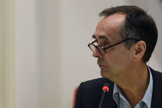Le maire de Béziers, Robert Ménard, lors du conseil municipal du 18 octobre.