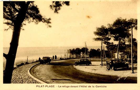 C'est l'entrepreneur Louis Gaume qui, dans les années 1930, a eu l'idée d'étendre la station balnéaire d'Arachon vers la dune du Pilat, au sud.