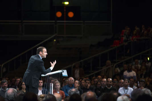 Un meeting d'Emmanuel Macron au Zénith de Montpellier, le 18 octobre 2016.