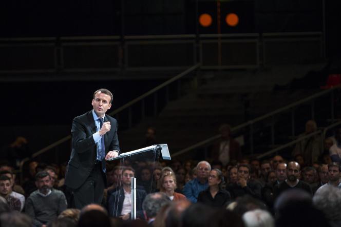 Emmanuel Macron anime un meeting de son mouvement En marche ! au Zénith de Montpellier, mardi 18 octobre.