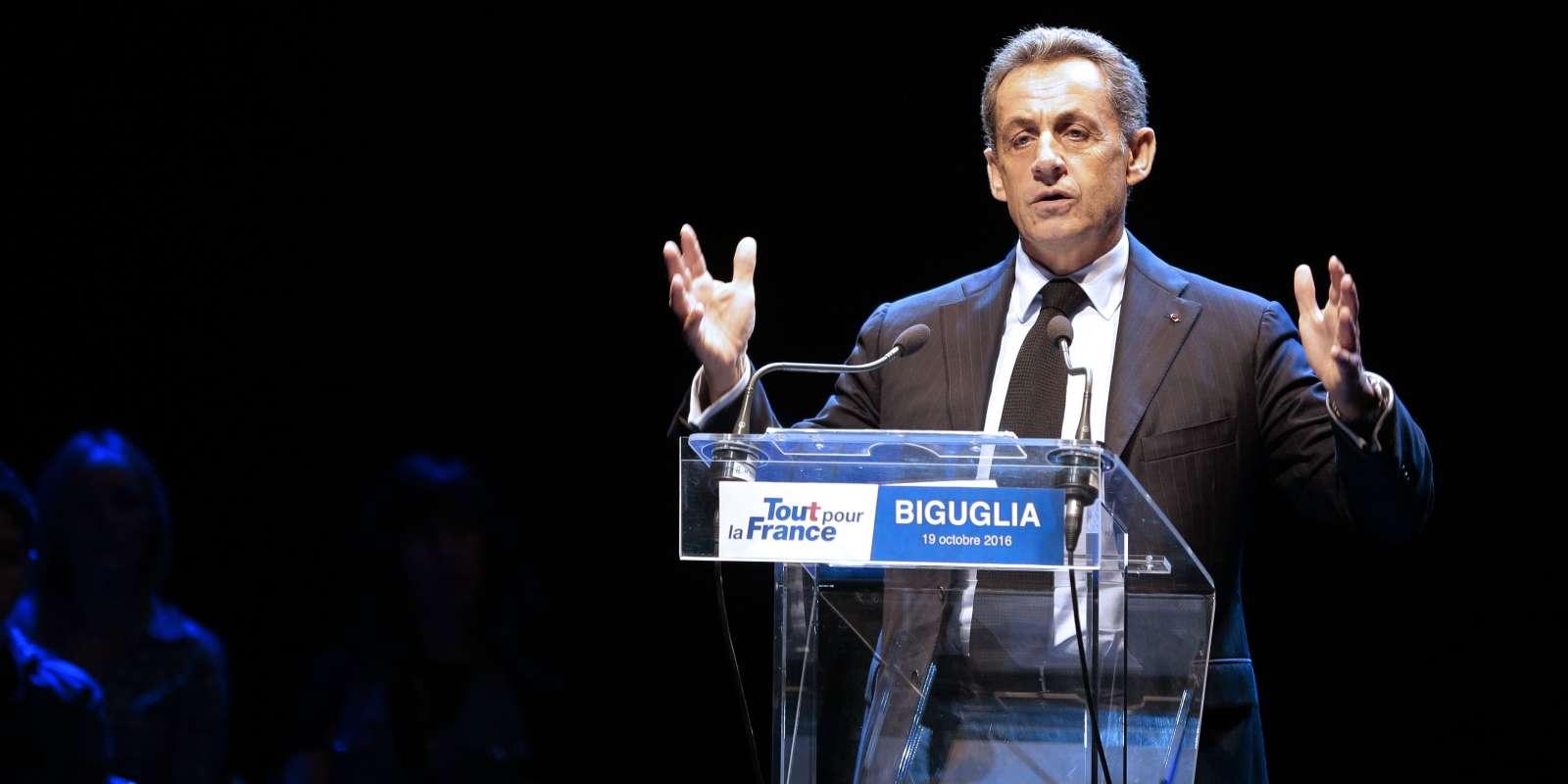 Nicolas Sarkozy en meeting à Biguglia, le 19 octobre.