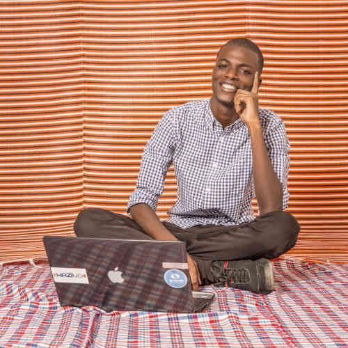 Mohamed Moustapha Sarr (dit «Tokyo»), 21 ans, 3e année d'ingénierie de conception des télécoms, ESMT. « Je rêve de choses qui n'ont jamais existé et je dis «Pourquoi pas ?» »