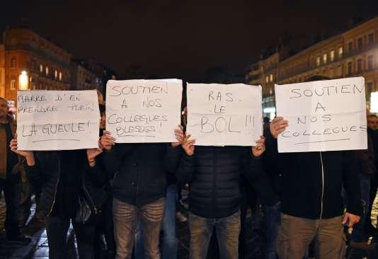 Durant le rassemblement de policiers à Toulouse mercredi 19 octobre.