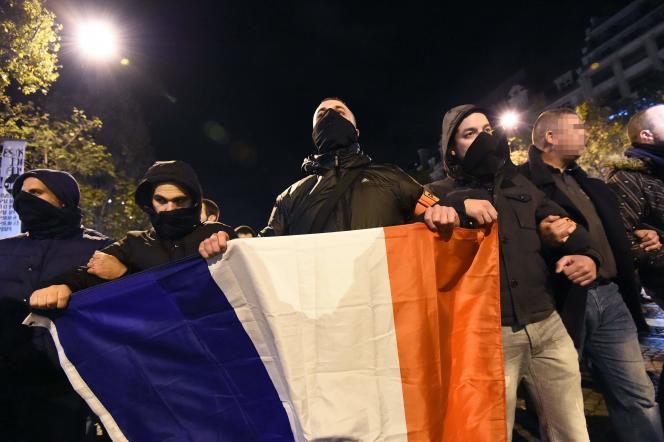 Manifestation de policiers à Paris, le 20 octobre.