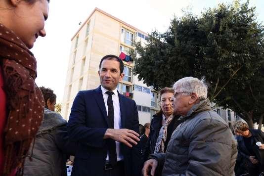 Benoît Hamon lors d'une visite àMarseille, le 20octobre.