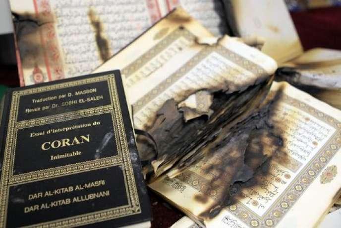 Des copies du Coran brûlées, à Ajaccio, à la fin de décembre 2015.