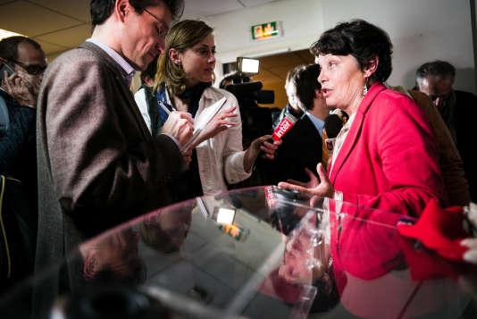 L'eurodéputée Michèle Rivasi lors de la soirée de résultats du premier tour de la primaire d'Europe écologie-Les Verts), le 19 octobre.