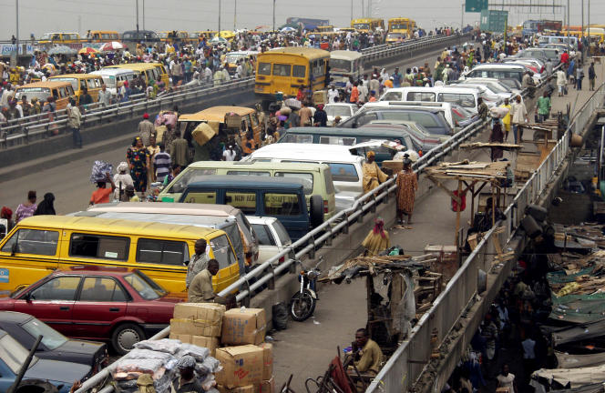 Le pont Ido à Lagos au Nigeria