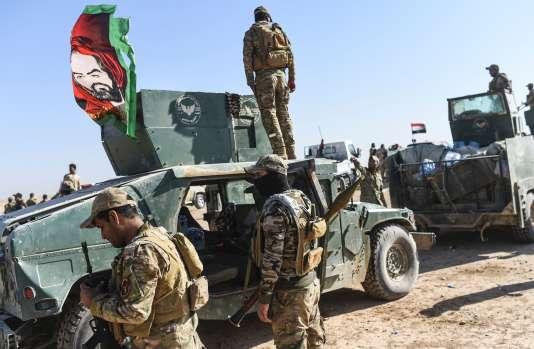 Des forces irakiennes près du village de Tall al-Tibah, à 30 kilomètres de Mossoul, le 21 octobre.
