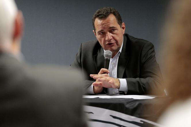 Jean-Frédéric Poisson (PCD), candidat à la primaire à droite, à Ajaccio, le 21 octobre.