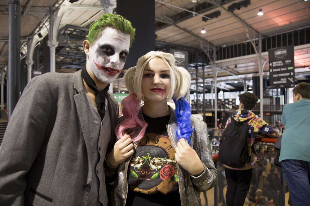 Alice et Maxime ont choisi d'incarner un duo de méchants issus de l'univers de Batman.Durant le Comic-Con de Paris, les cosplayeurs ont montré un véritable engouement pour le personnage de Harley Quinn, incarnée au cinéma par MargotRobbie dans «SuicideSquad», deDavidAyer.
