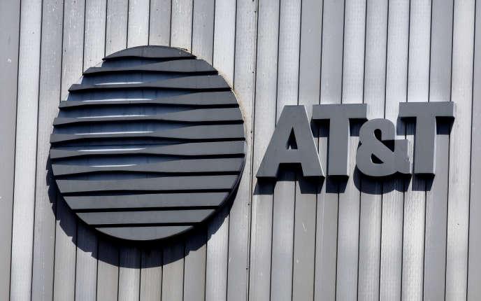 Avec le rachat de Time Warner, AT&T complète son portefeuille de contenus.