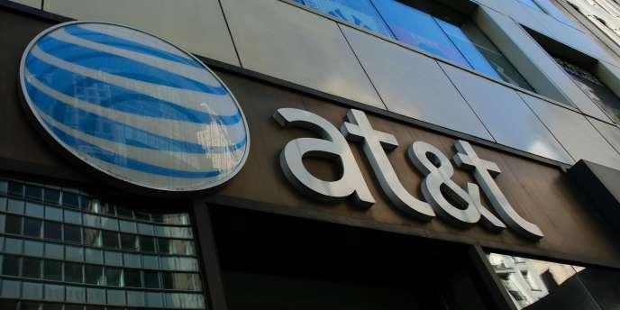 Le rachat de Time Warner par AT&T est le dernier épisode en date du mouvement de consolidation dans les secteurs des médias et des télécoms.