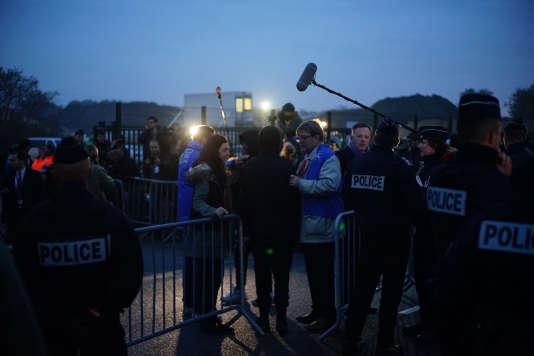 "Pendant l'évacuation de la ""jungle"" de Calais, le 24 octobre 2016."