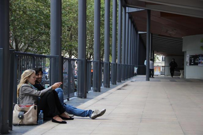 Des étudiants à l'université Pierre-et-Marie-Curie UPMC.