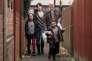 Hayley Squires etDave Johns, avec les enfants Briana Shann et Dylan McKiernan, dans le film britannique de Ken Loach,«Moi, Daniel Blake» (« I, Daniel Blake»).