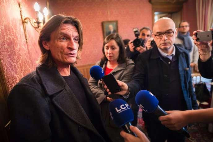 Marcus Malte vient de remporter le prix Femina pour «Le Garçon» (Zulma), à Paris, le 25 octobre.