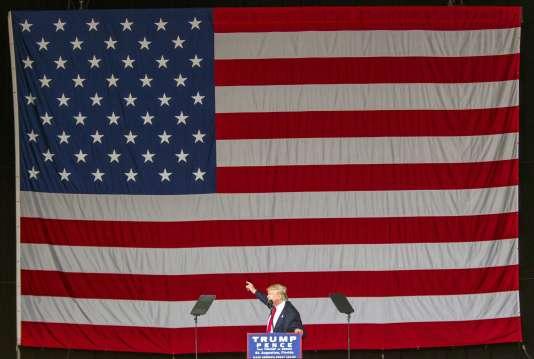 Donald Trump, candidat républicain, en meeting à St. Augustine (Floride), le 24octobre.