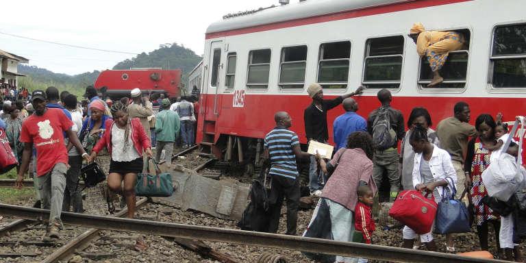 Le déraillement du train s'est produit vendredi 21 octobre à la mi-journée, près de la gare d'Eseka, à environ 120 km à l'ouest de Yaoundé.