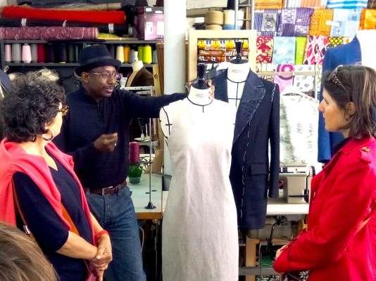 Visite« fashion mix» dans le quartier de la Goutte d'Or, à Paris.