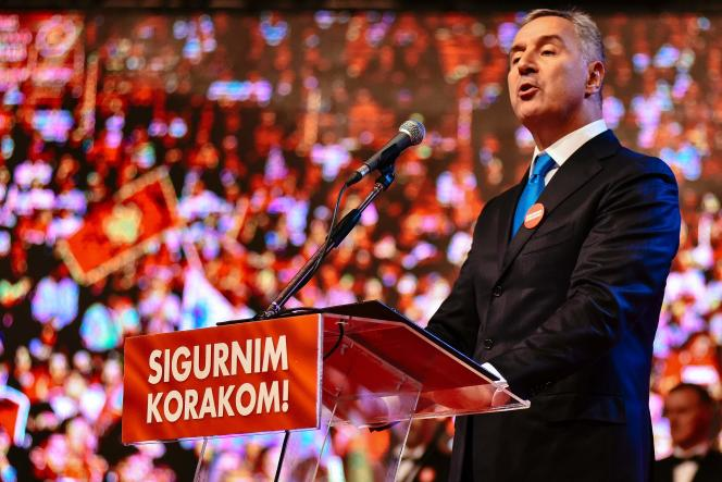 Le premier ministre du Monténégro, Milo Djukanovic,le 14 octobre 2016, lors d'un meeting àPodgorica.
