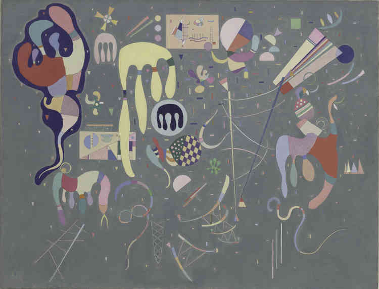 «Avec le talent d'un miniaturiste, Kandinsky parsème la toile peinte en gris clair de nombreux motifs de fantaisie qui ont tantôt l'allure de baudruches anthropomorphes, tantôt l'apparence de cerfs-volants multicolores. Alors que l'Europe s'enlise dans le conflit, Kandinsky nous offre en spectacle une fête, un cirque bariolé constellé de guirlandes et de confettis multicolores. Attentif au monde qui l'entoure, l'artiste raconte qu'il aime à regarder les vitrines de jouets des magasins Printemps à la veille de Noël 1941.»