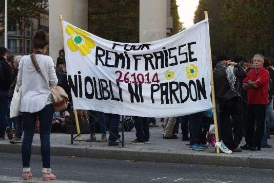 Une bannière de soutien à Rémi Fraisse à Toulouse, le 26 octobre 2016.