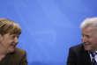 La chancelière allemande, Angela Merkel, et le ministre-président du Land de Bavière (Sud) et chef de l'Union chrétienne-sociale (CSU), Horst Seehofer, lors d'une conférence de presse à Berlin, le 14 avril.