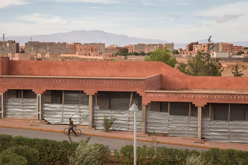 Dans le Sud marocain, aux portes du désert, la province de Ouarzazate est la tête de pont d'un ambitieux programme de développement des énergies renouvelables.