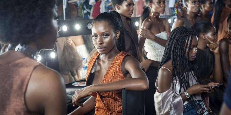 Dans les coulisses de la Fashion Week de Lagos, le 26 octobre 2016.