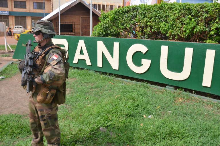 Un soldat français de l'opération « Sangaris» à Bangui, en mai 2015.