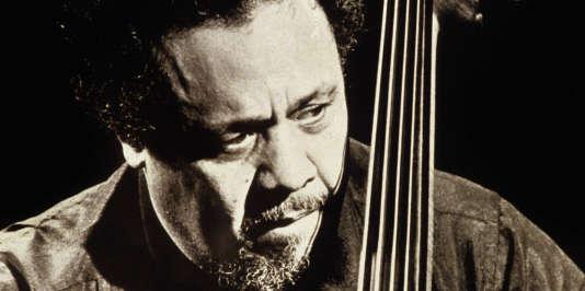Charles Mingus (1922-1979) contrebassiste de jazz en juillet 1979 --- Charles Mingus (1922-1979) jazz double bass player in july 1979