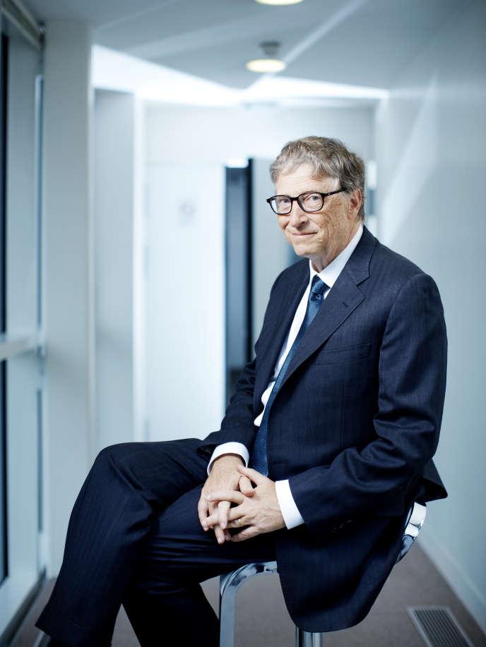 William « Bill » Henry Gates III, né le 28 octobre 1955 à Seattle, est un informaticien et entrepreneur américain, pionnier dans le domaine de la micro-informatique.