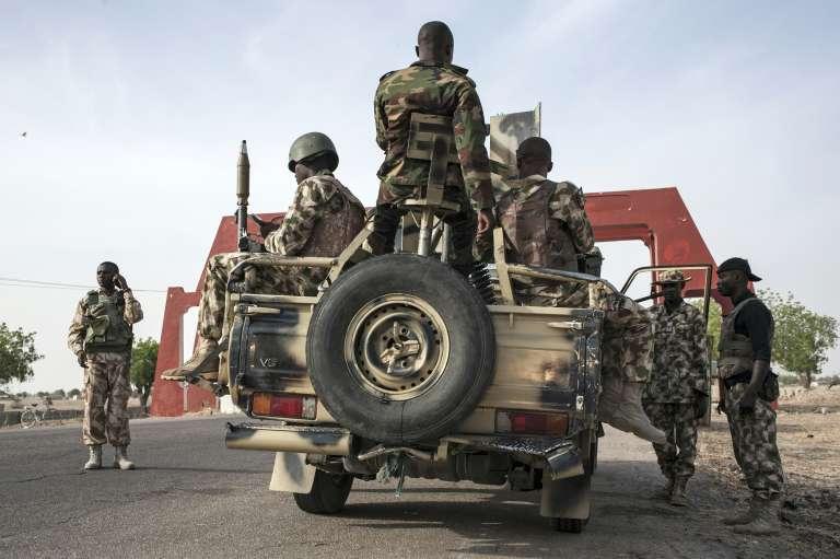 Des soldats de la 7e division de l'armée nigériane se préparent à quitter la ville de Maiduguri, située dans l'Etat de Borno, le 4 avril.